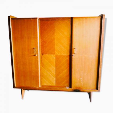 Armoire dressing style scandinave vintage