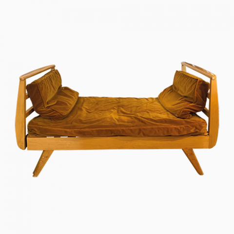 Daybed vintage velours ocre, pieds compas